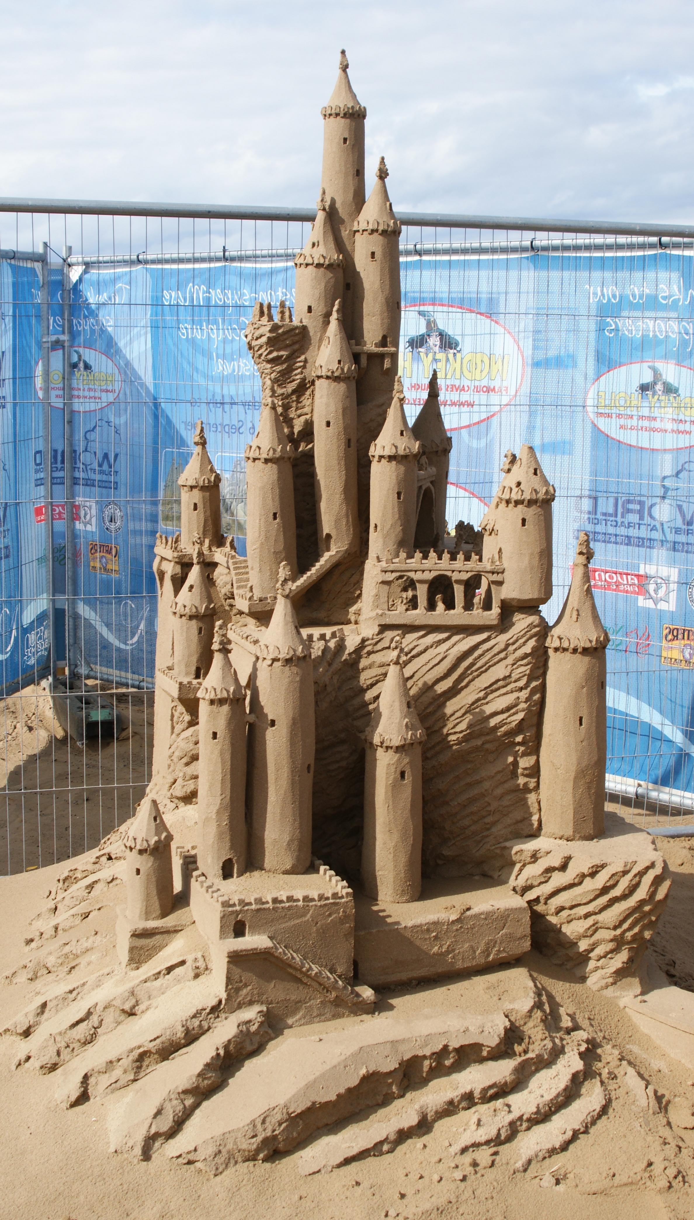 Building Sand Castles : Sand castle daily compass
